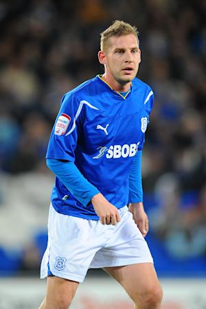 Gabor Gyepes has signed a one-month deal with Portsmouth