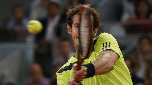 Tennis - Murray holds nerve to see off Almagro, Nadal thrashes Monaco