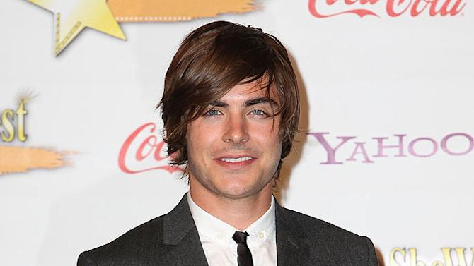 Efron Zac Showest