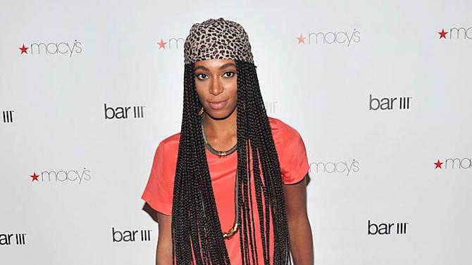 Solange Knowles M Acys Bar Opng