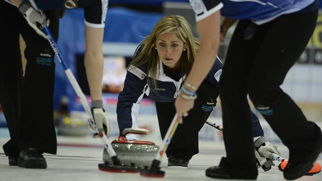 Curling - Muirhead storms into European final in Karlstad