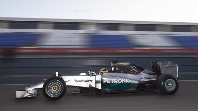 Formula 1 - Hamilton surprised by Mercedes mileage