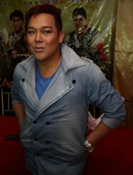 'Si Agimat, Si Enteng, at Si Ako' cast: John Lapus
