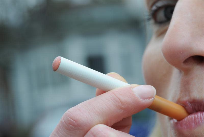 Nueve fiscales de EE.UU. instan a la FDA a que prohíba los sabores en productos de tabaco