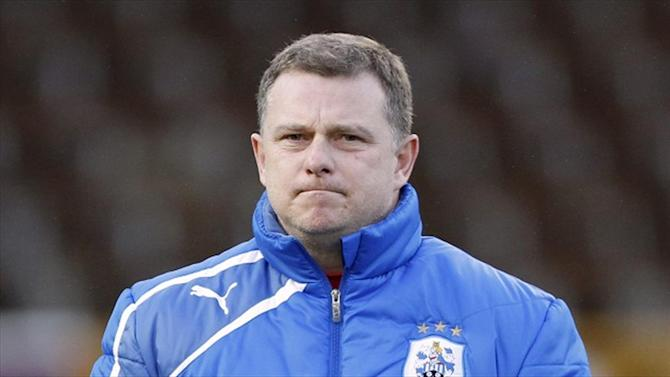 Championship - Robins leaves Huddersfield after just one game