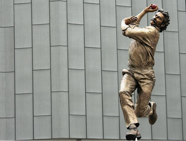 Dennis Lillee Statue Unveiled at the MCG