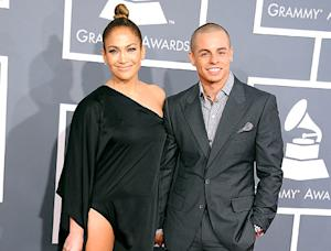 "Jennifer Lopez's Boyfriend Casper Smart ""Cracks Up"" At Awestruck Reactions to Her Sexy Grammys 2013 Dress"