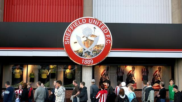 League One - Arnold: Sheffield United 'prehistoric'