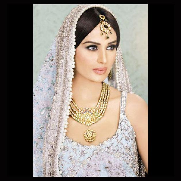 Pakistani actresses make a beeline for Bollywood