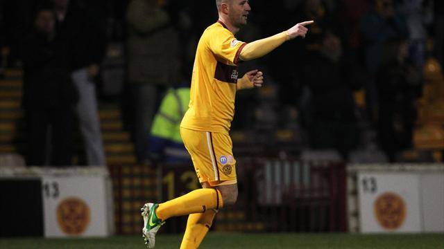 Scottish Premier League - Motherwell beat Hearts to go clear in second