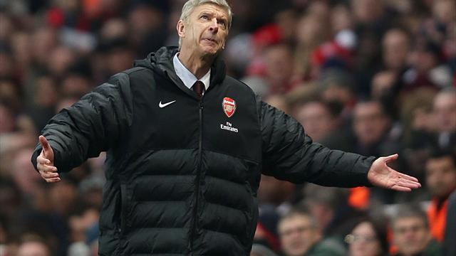 Football - Wenger calls for players to respond