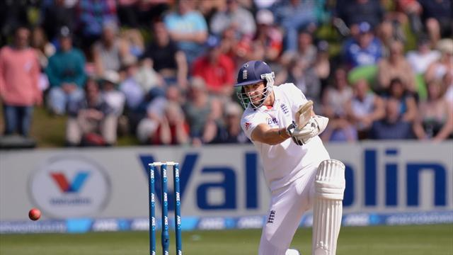 Cricket - Finn steers England to draw