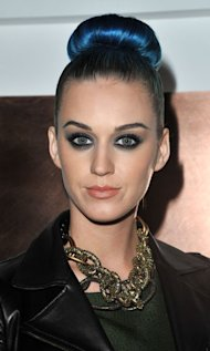 Beauty Hero: Katy Perry Rocks Her Blue Hair at Paris Fashion Week
