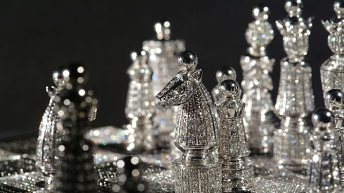 Charles Hollander's glitzy chess