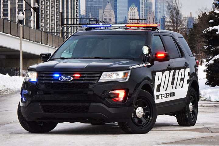 The 2017 Ford Police Interceptor Utility is Going Stealth - Yahoo ...