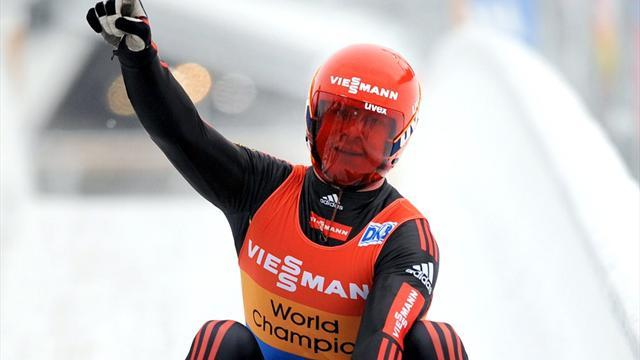 Luge - Loch leads German one-two-three