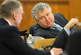 Michael Fee, right, will likely give the closing statement in Aaron Hernandez's defense. (AP)