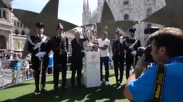 Champions League trophy lands in Milan