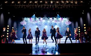 'Glee' Bounces Through Icona Pop's 'I Love It' - Song Premiere