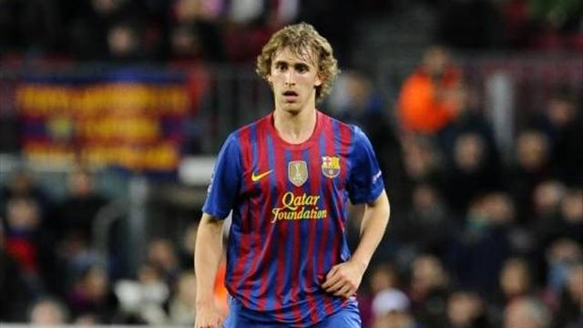 Premier League - Stoke sign Barcelona defender