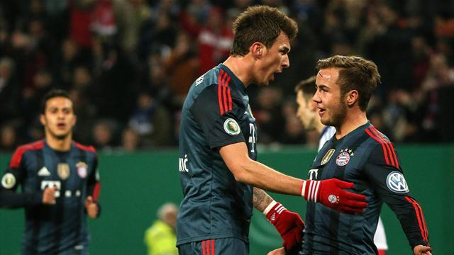 Bundesliga - Mandzukic hits three as Bayern run riot in Hamburg