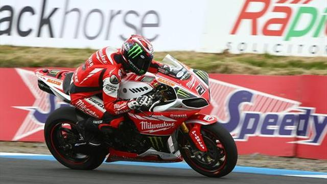Superbikes - A really tough day for Waters