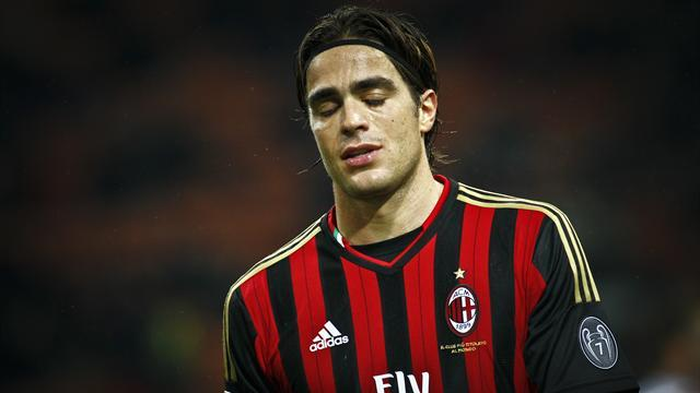 Serie A - Milan's Matri moves to Fiorentina on loan