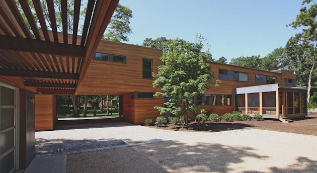 Click the photo to see Kiplinger's guide to buying a prefab house. (Photo credit: SimplexHomes.com)