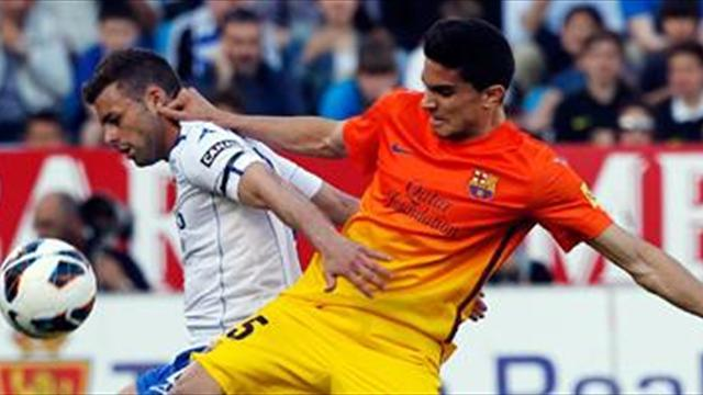 Liga - Bartra 'offered new contract'