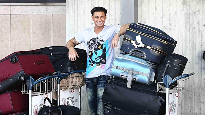 PaulyD Florence Airport