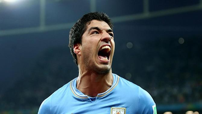 Liga - Barcelona admit tapping up Suarez
