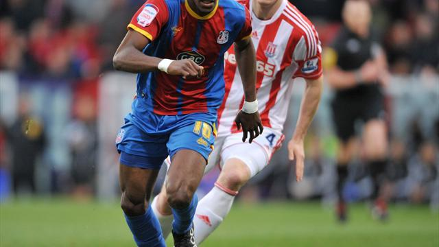 Football - Pulis hails Zaha talent