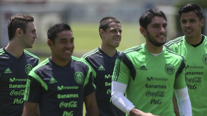 World Cup - Striker Hernandez benched for Mexico opener