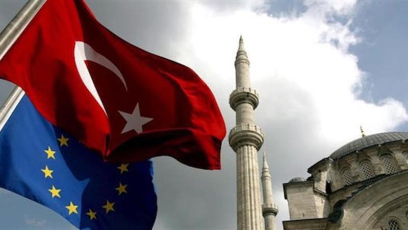 La crisi turca spaventa le Borse: focus su banche dopo alert BCE