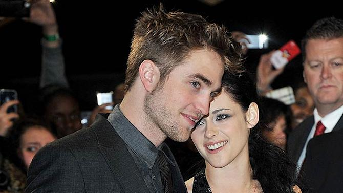 Pattinson Stewart Breaking DawnUK Premiere
