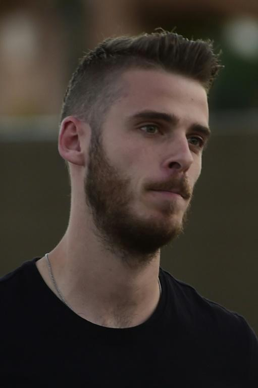 Real Madrid have blamed Manchester United for the collapse of goalkeeper David de Gea's move to the Spanish giants, claiming the English side sent the documents needed to complete the deal after t