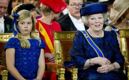 Dutch Crown Princess Catharina-Amalia (L) and Princess Beatrix of the Netherlands attend the inauguration of King Willem-Alexander of the Netherlands at the Nieuwe Kerk (New Church) in Amsterdam on Ap