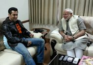 Salman Khan relishes 'Undhiyun' with Narendra Modi