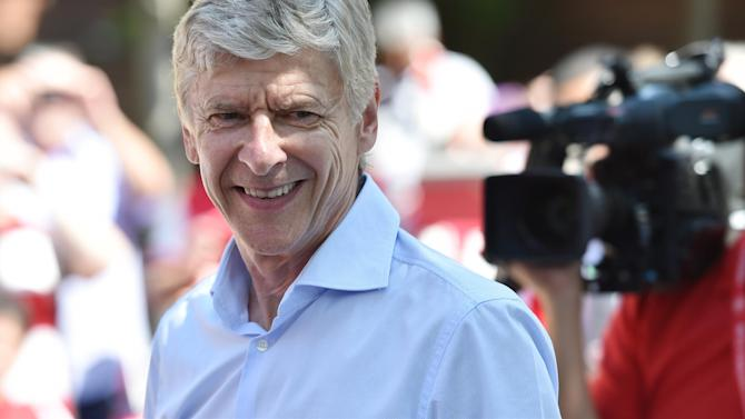 Premier League - Wenger: Premier League may never have openly gay player