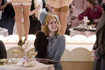 Amy Adams in Focus Features' Miss Pettigrew Lives for a Day