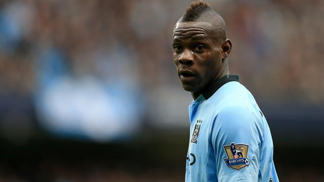Premier League - Manchester City play down Balotelli exit talk