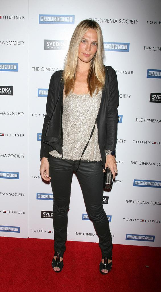 Management NY Premiere 2009 Molly Sims