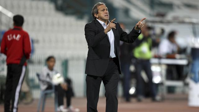 World Football - Munoz becomes Sion's seventh coach of the year