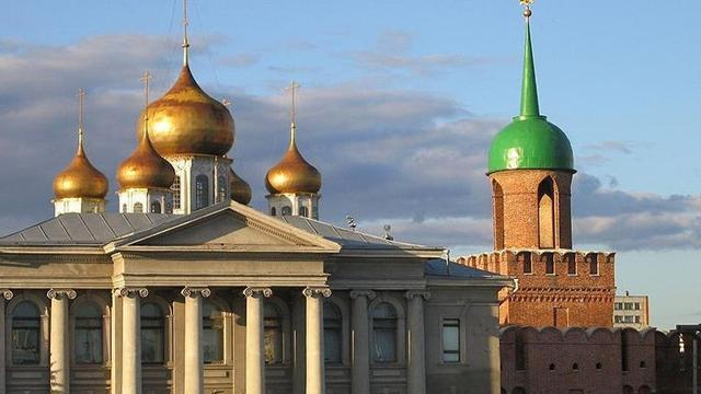 Kremlin part of marathon route at Moscow worlds