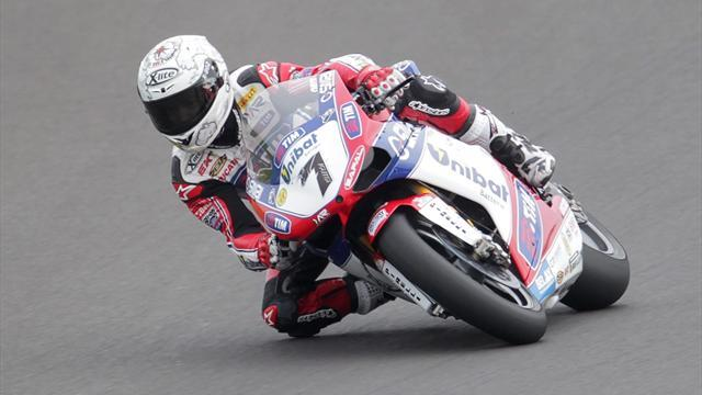 Speedy Checa secures pole in Moscow