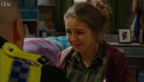 Belle breaks down over Gemma's death... but will she come clean?
