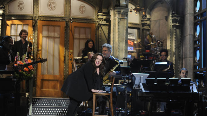 Saturday Night Live - Melissa McCarthy / Phoenix