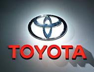 Toyota unveiled Monday what it says is the first all-electric sports utility vehicle (SUV) on the market, a version of its popular RAV4 with a top range of 100 miles and minimum six-hour charge time
