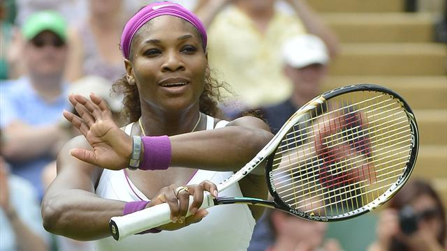 Tennis - Serena coasts, Sharapova grafts in Wimbledon wins