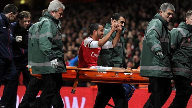 FA Cup - Walcott set to escape FA punishment